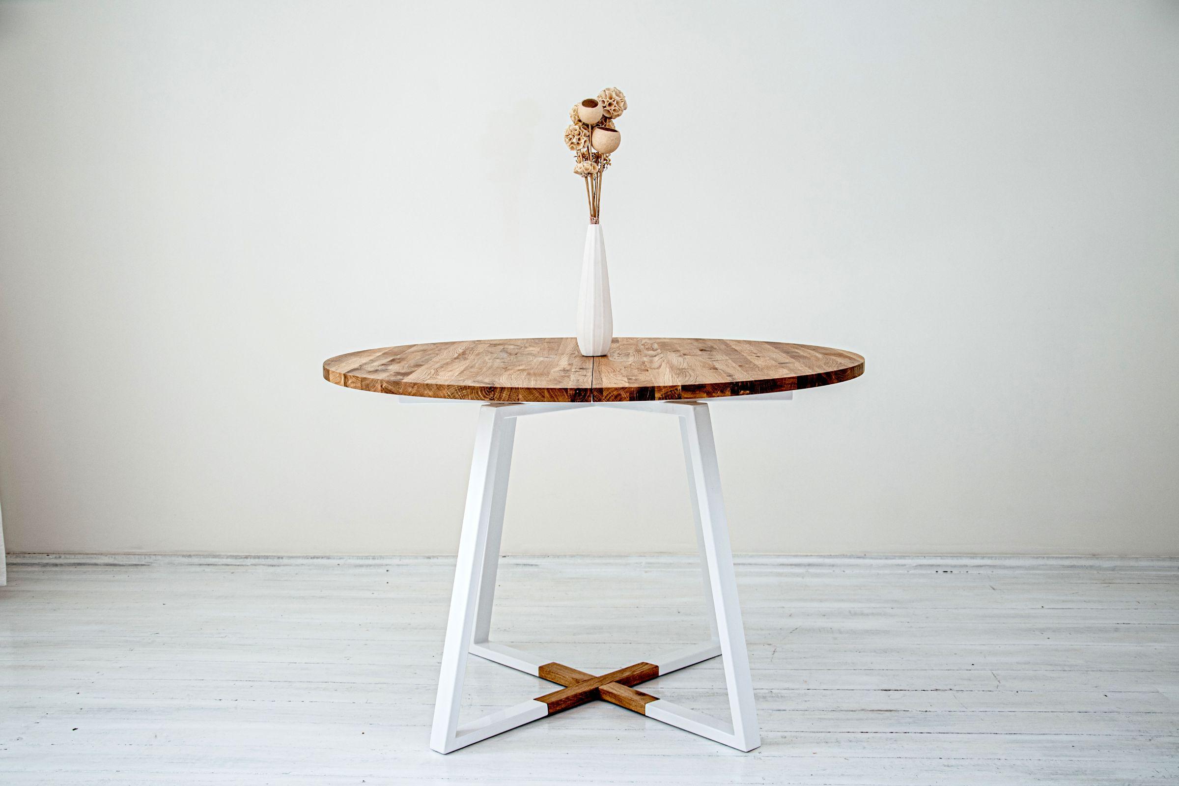 1_Måne White Round Table